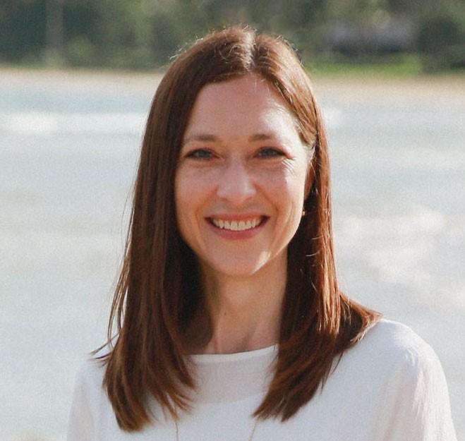 Mindy Taylor, AG